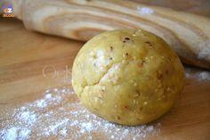 Pasta frolla alle nocciole, con olio