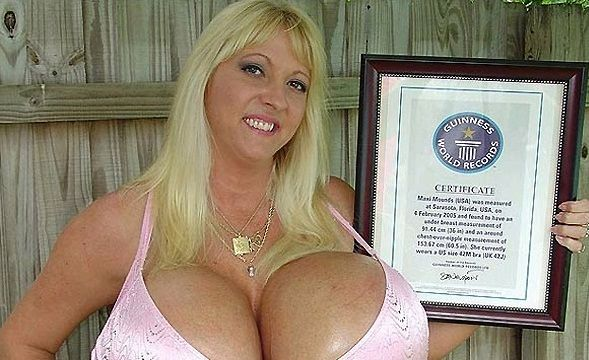 Older women with giant tits-8836