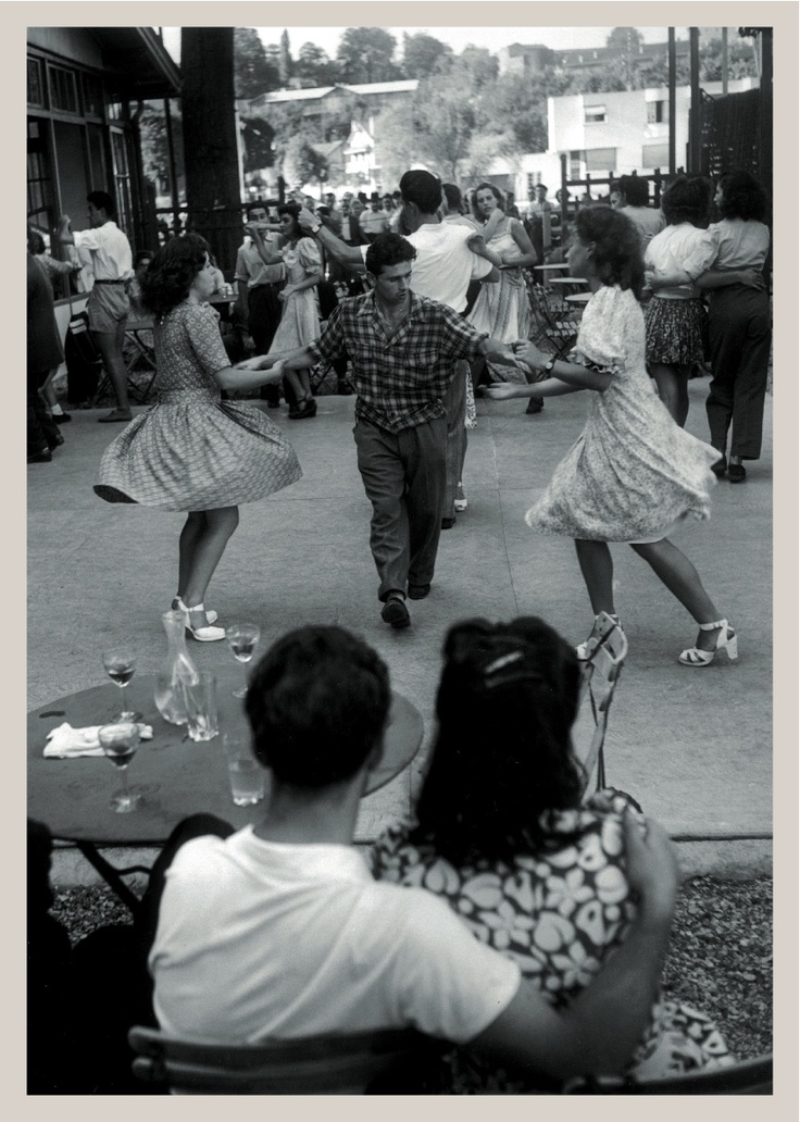 """Willy Ronis """"Couple au bal musette"""""""