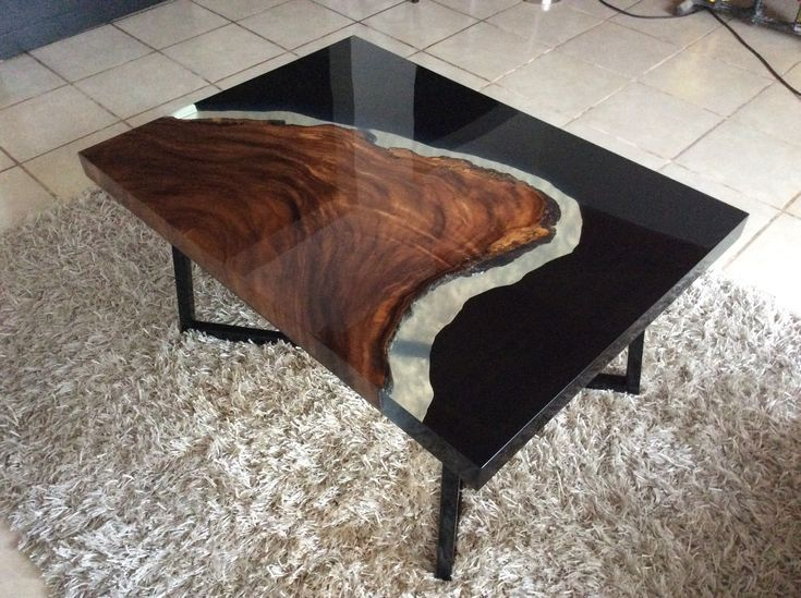 Coffee table, cenizaro wood and black resin Art…