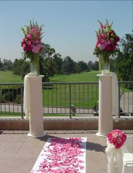 White Columns Pillars For Ceremony Decorations Weddingbee Boards
