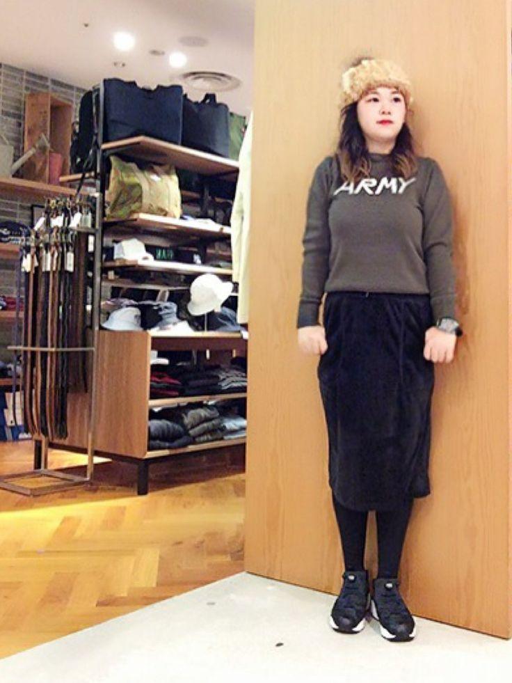 SEVENDAYS=SUNDAY 大阪グランフロント | kimmyluv7さんの「SEVENDAYS=SUNDAY 7Gジャガードロゴ クルーネックプルオーバー」を使ったコーディネート