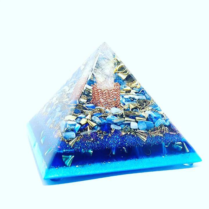 Orgonite Pyramid Orgonite Energy World Of Orgonite Video Video Orgonite Pyramids Resin Crafts Diy Resin Art