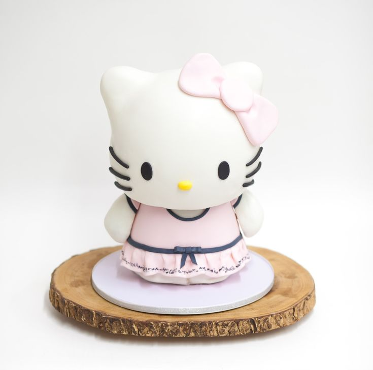 Cake Designs Of Hello Kitty : Best 25+ Hello kitty cake design ideas on Pinterest ...