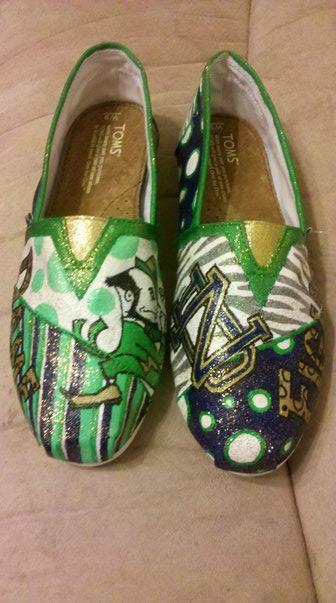University of Notre Dame Fighting Irish hand by MyHeartToYourSole, $105.00