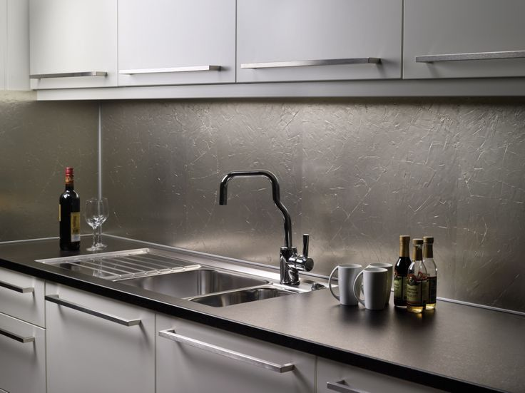 """""""Frozen Champagne"""" er en elegant design innen Kitchen Board fra Fibo-Trespo. http://fibo-trespo.no/"""