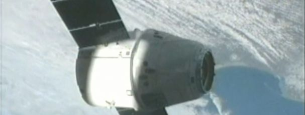 Cápsula: Adiado lançamento da SpaceX para abastecer Estação Espacial
