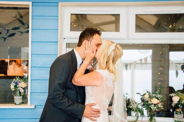 Vintage beach wedding hair/bridal hair piece/veil