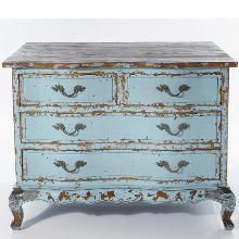 Stunning antique French chest