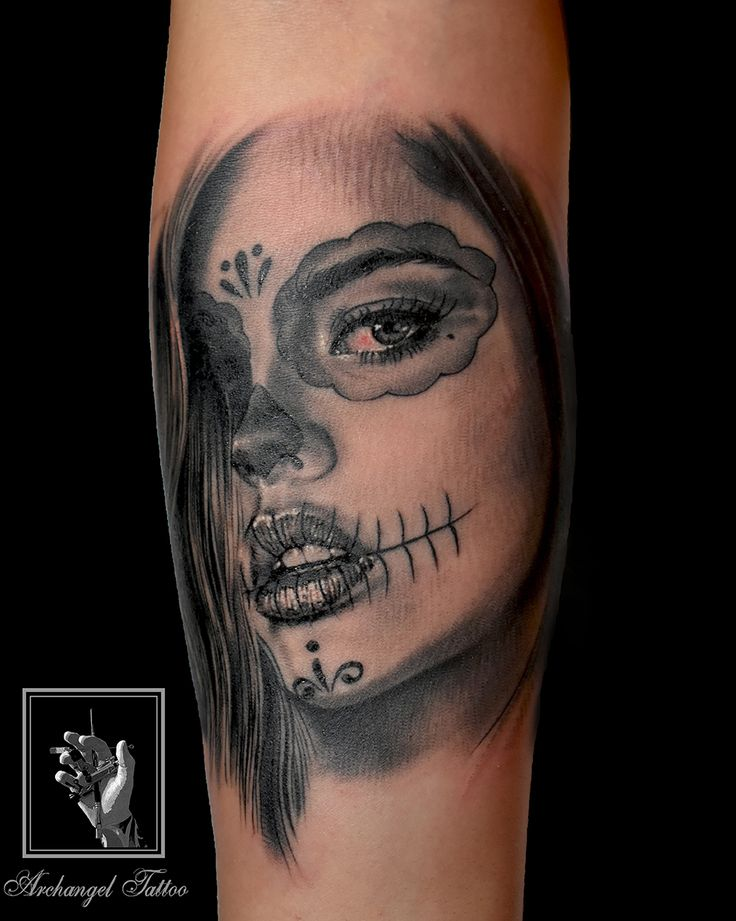 Realistic buena muerte tattoo by Gabor Smola. You can find more of my works on social network: www.instagram.com/gabor_smola, www.facebook.com/GaborSmolaArchangelTattoo