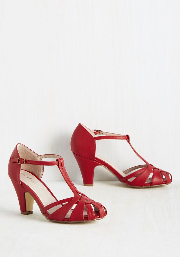 There Chic Goes Heel in Red. With these red heels from Chelsea Crew leading the way, elegance surely awaits you. #red #modcloth