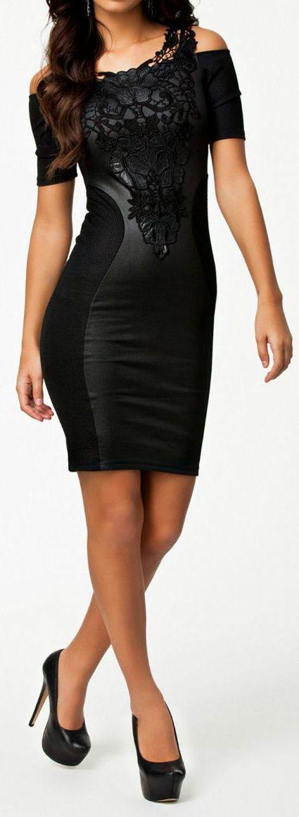 Black Lace Dress // #lbd