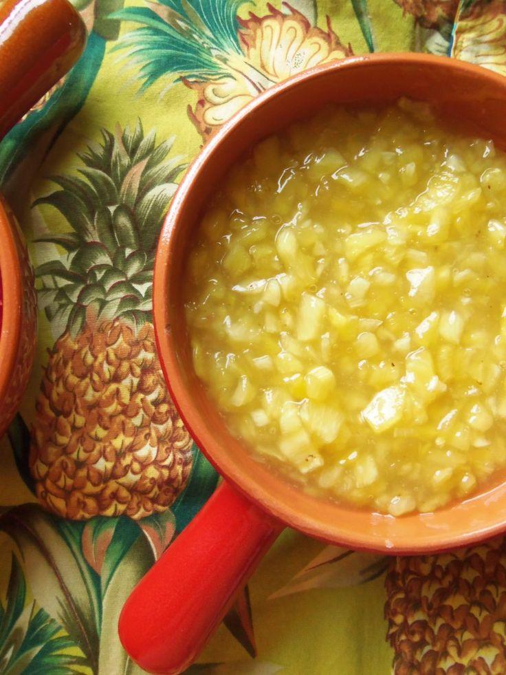 Empanadas de Piña (Pineapple Empanadas) | Hispanic Kitchen