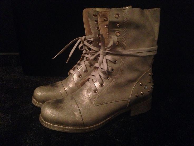 Workery e-shoes 129 zł