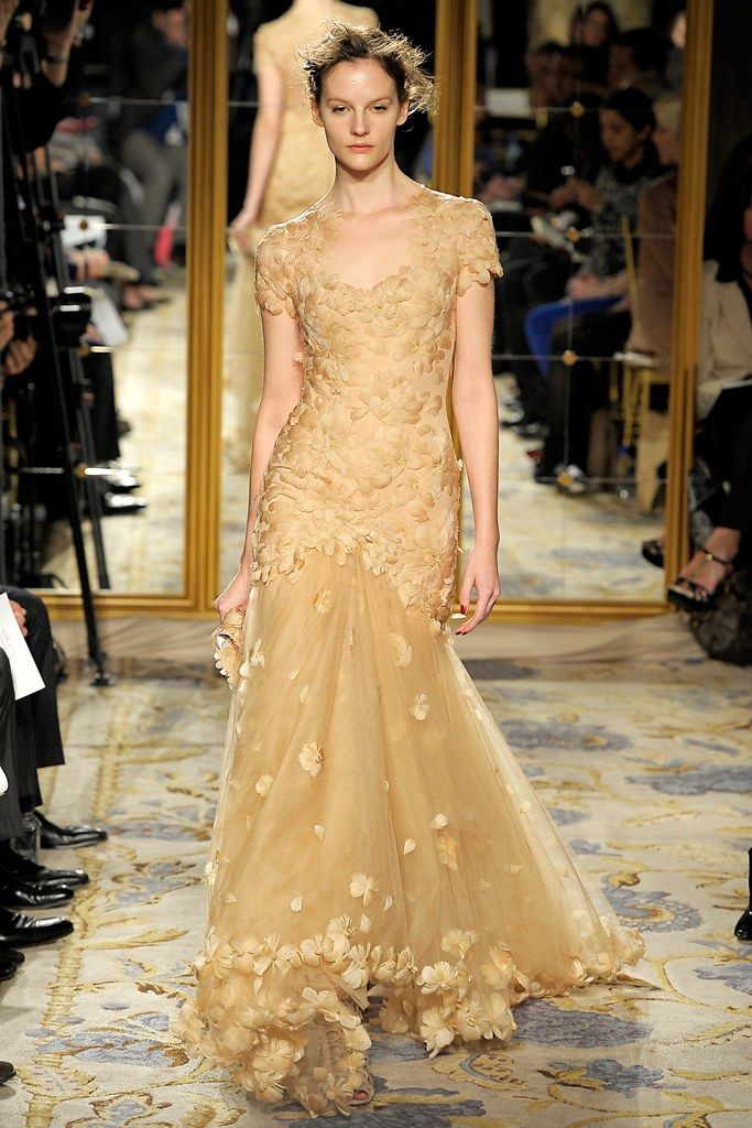 Marchesa Fall 2012 Ready to Wear Collection Photos   Vogue