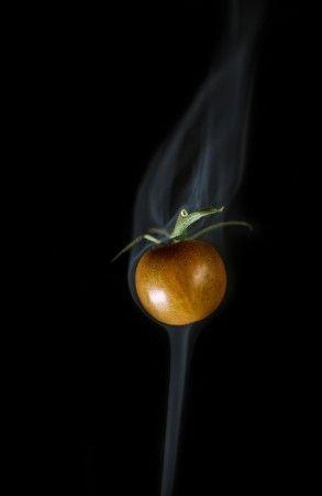 Smoked Tomato by Kent Mathiesen