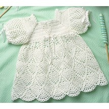 Looks just like the dress I wore to my xtini... One day I will make this for my daughter.  :-)