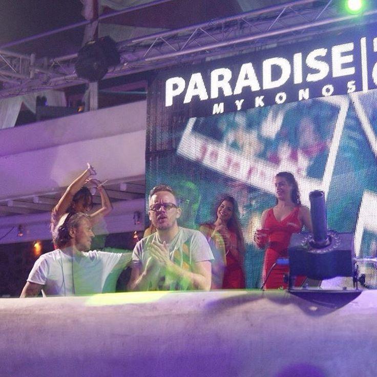 Paradise Club'da Limits Off kızları Lissat&Voltaxx'a eşlik ediyor! #LimitsOff #Summerfest #Summerfest2015 #Mykonos #ParadiseClub #LissatVoltaxx