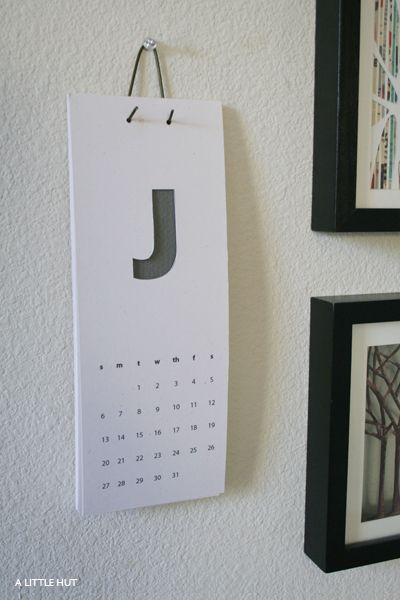 DIY calendar - Cath has a great Calendar pin board @Jeri T Dansky