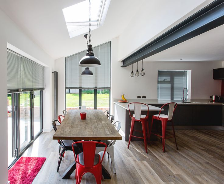 Designed to make a strong architectural statement, this family kitchen in Surrey includes a new extension to a period building. Grand Design Blinds designed, made and installed bespoke Venetian blinds in an aluminium finish which echoes the industrial feel of the kitchen. granddesignblinds.com