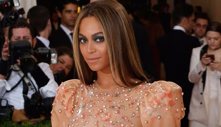 Beyoncé, 34, joins Oprah Winfrey and basketball star LeBron James in the growing ranks of celebrities eschewing traditional endorsement deals in favor of direct investments in companies. Winfrey bought a roughly 10 percent stake in Weight Watchers International Inc. in October for about $43.2 million, while James scrapped a deal with McDonald's Corp. to become a partner in restaurant startup Blaze Pizza. Weight Watchers shares have doubled since Winfrey's stake was announced.