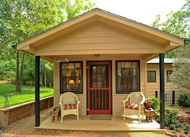 East Texas   Private Romantic Cottages