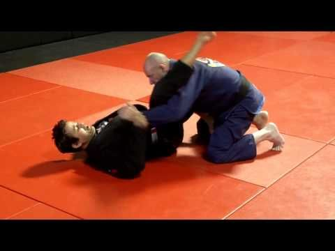 Guard pass and defense old school Carlson Gracie style