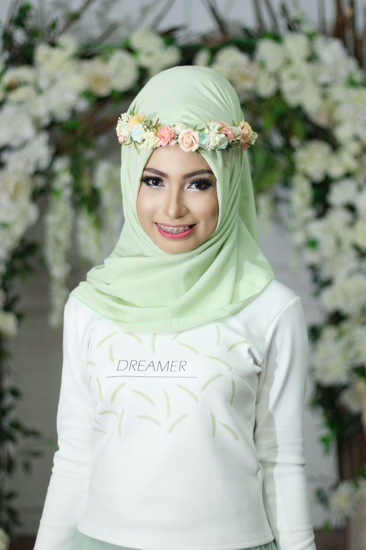 Flower crown Hijab
