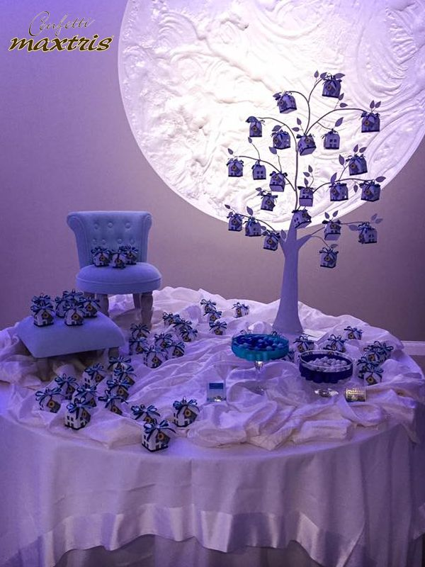 #confetti #maxtris #wedding #inspirations #ideas #moolight #sweettable #party #favours #favors