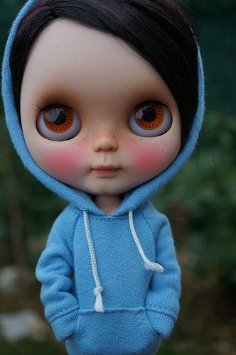 McBean you have to change clothes  Adorable Blythe with hoodie