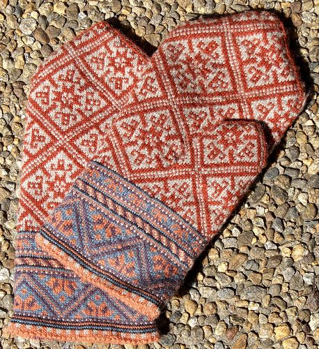 Ravelry - Man's Lined Mittens by Lizbeth Upitis (Wow, these are amazing. Much skill needed to make these. Just wow.)