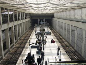 How to get from CDG airport to downtown paris using the RER.
