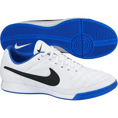 Sepatu Futsal Nike Tiempo Genio Leather IC 631283-104 dengan EVA Sockliner yang memberikan kenyamanan ketika berlari. Sepatu dengan diskon 10% dari harga Rp 799.000 menjadi Rp 719.000.