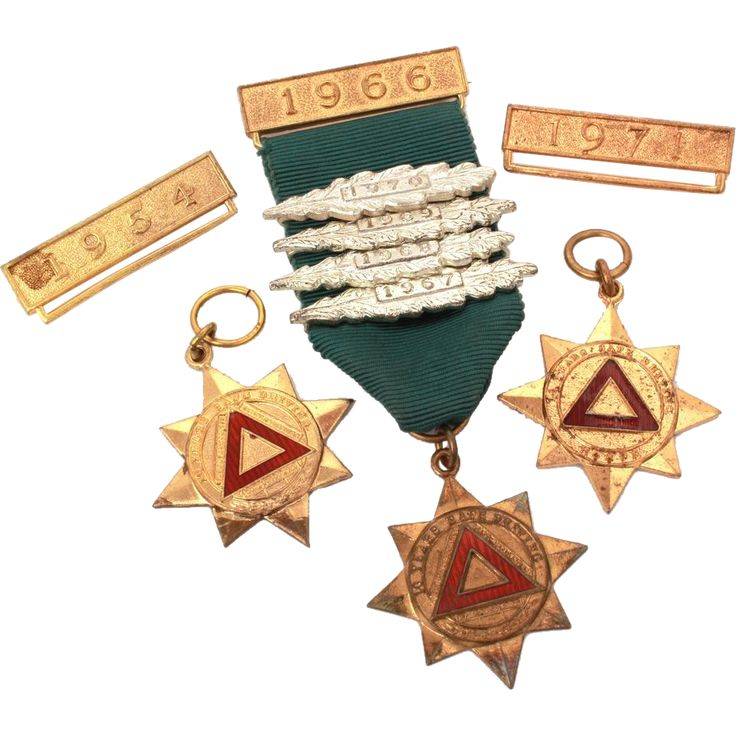 3 English Driving Medals Royal Society for the Prevention of Accidents 10 Year Safe Driver Award, Star with Red Enamel Triangle