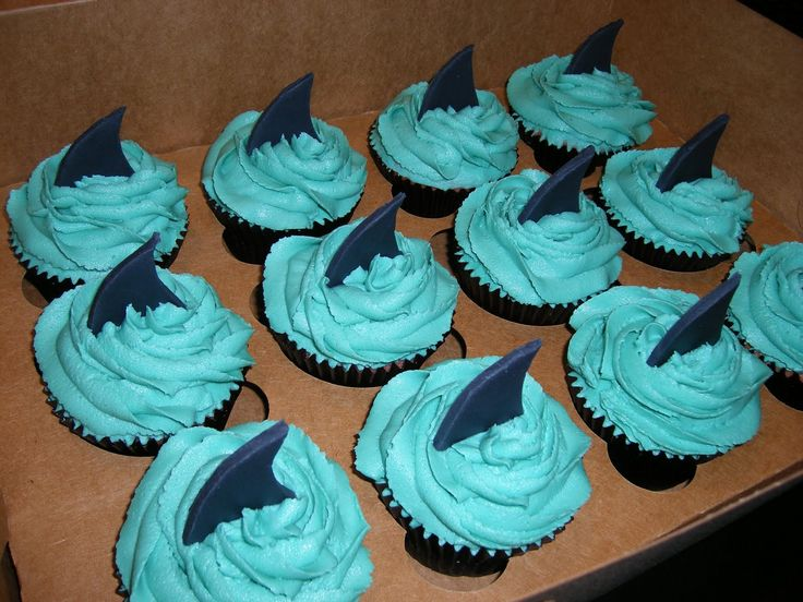 pictures of shark cakes | adding red sprinkles though. I'm telling everyone the red is ...