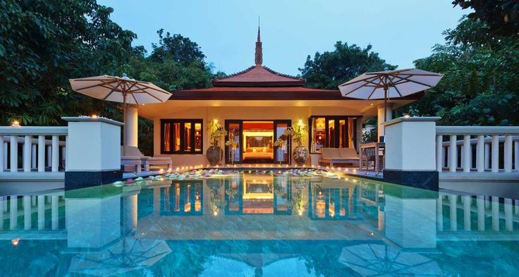 Trisara is nestled in a #private bay on the west #coast of #Phuket. ow.ly/pHQJ308uloW #luxurytravel #travel #luxuryresort #vacation