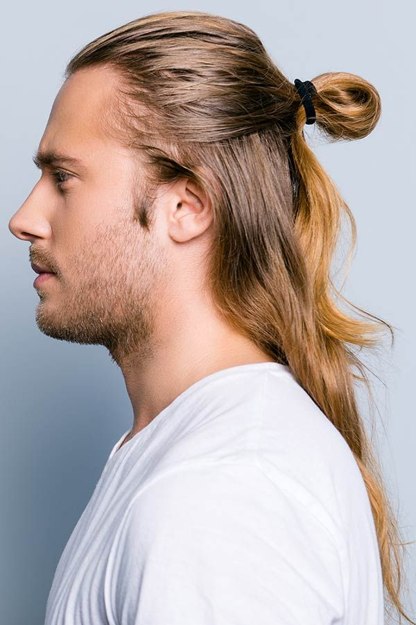 The Today S Take At Majestic Samurai Hair For Warriors Of Modern Trends Man Bun Hairstyles Top Knot Hairstyles Long Hair Styles Men