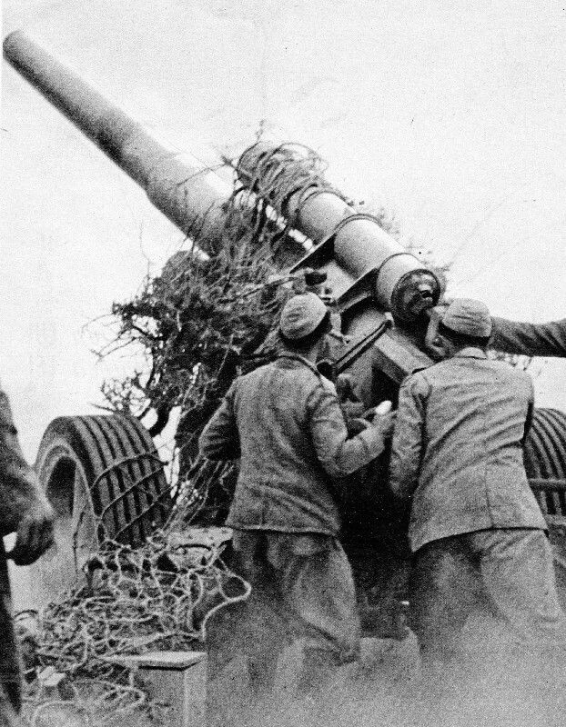 German built Sf H18 gun in italian use , North Africa WW2, pin by Paolo Marzioli