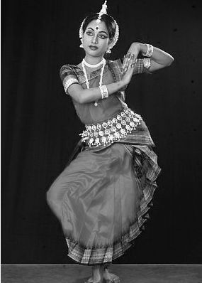 I start this board with my most favorite dance form, 'Odissi' , the classical dance form from Orissa, India :)