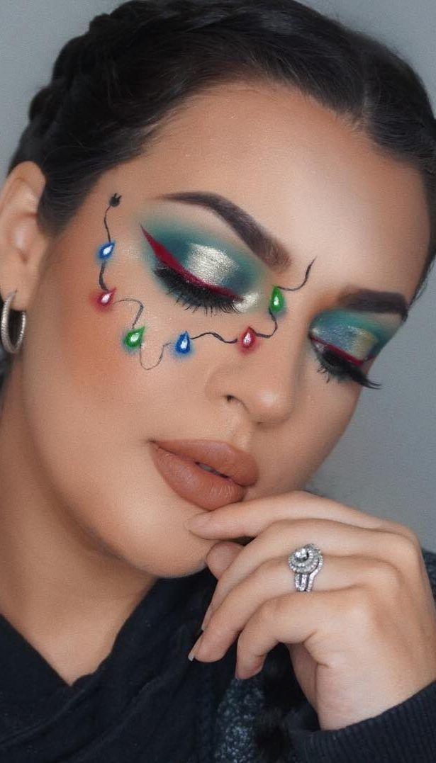 Bewildering Christmas Makeup Looks It S Very Funny And Amazing For This December Page 2 Of 45 Ladiesways Com Women Hairstyles Blog Christmas Makeup Look Christmas Makeup Xmas Makeup