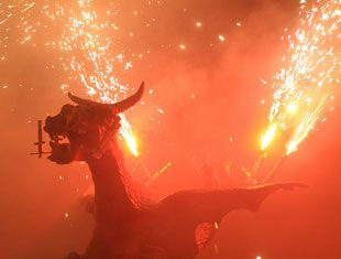 Las Fallas in Spain with Busabout