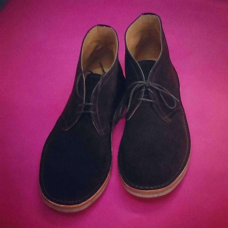 Love a desert boot #desertboots #boots #mensboots #botas #suede #suedeboots #chukka #chukkaboots #carreducker #cockpitarts