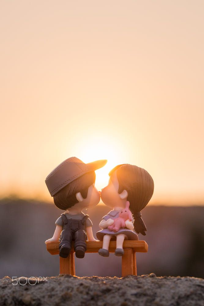 Pin By John Koko On Luv Cute Love Wallpapers Love Couple Wallpaper Cute Cartoon Pictures
