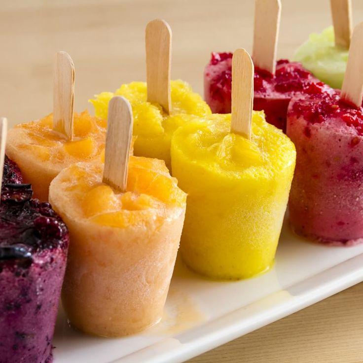 Estas recetas de paletas heladas son ideales para un postre detox