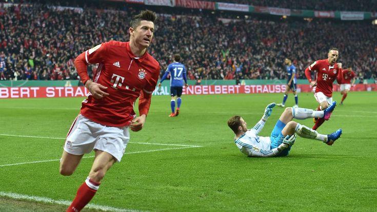 Nächste Gala des FC Bayern: Lewandowski zerschießt Schalkes Pokaltraum