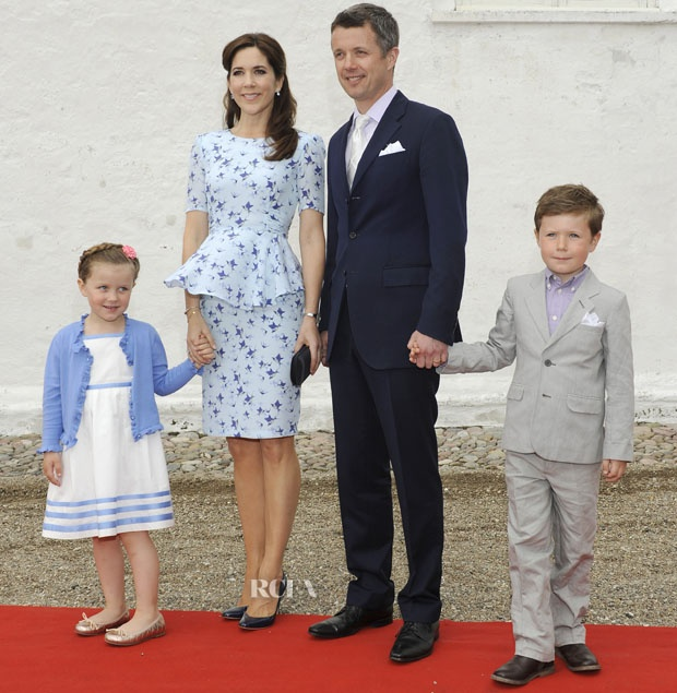 Princess Mary showing she is a 'style Queen' in Project D 'Phoebe' dress
