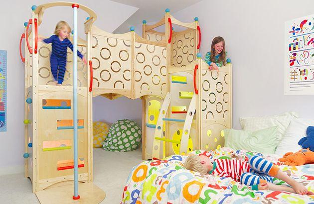 Chambre enfant avec espalier sur le thème des châteaux