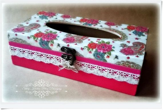 Tissue box in shades of beige and pink embroidered by olddresser