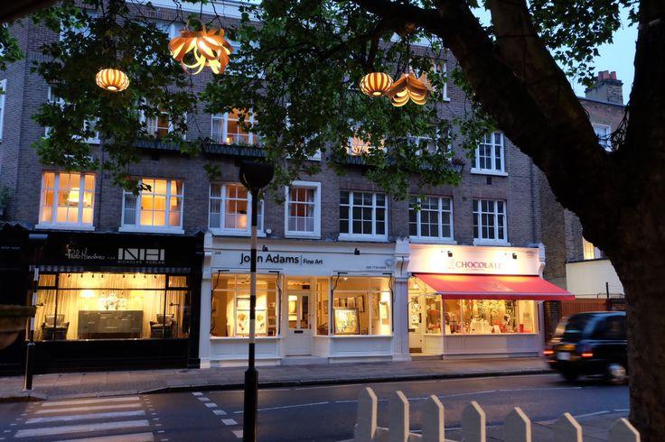 We love Tom Raffiled's twinkling lights in Orange Square to mark #LondonCraftWeek!