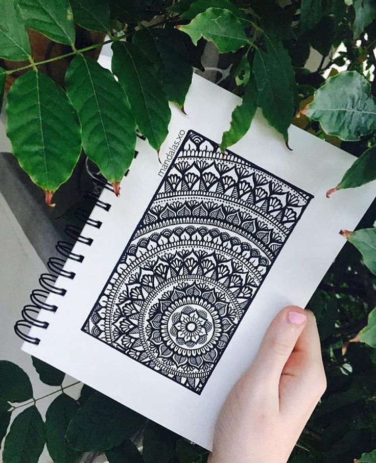 "1,096 gilla-markeringar, 11 kommentarer - A N N I E J O N E S (@mandalas.xo) på Instagram: ""[ fc: 17,322 ♡ ] rectangular framed mandala this is a really old drawing but probably one of my…"""